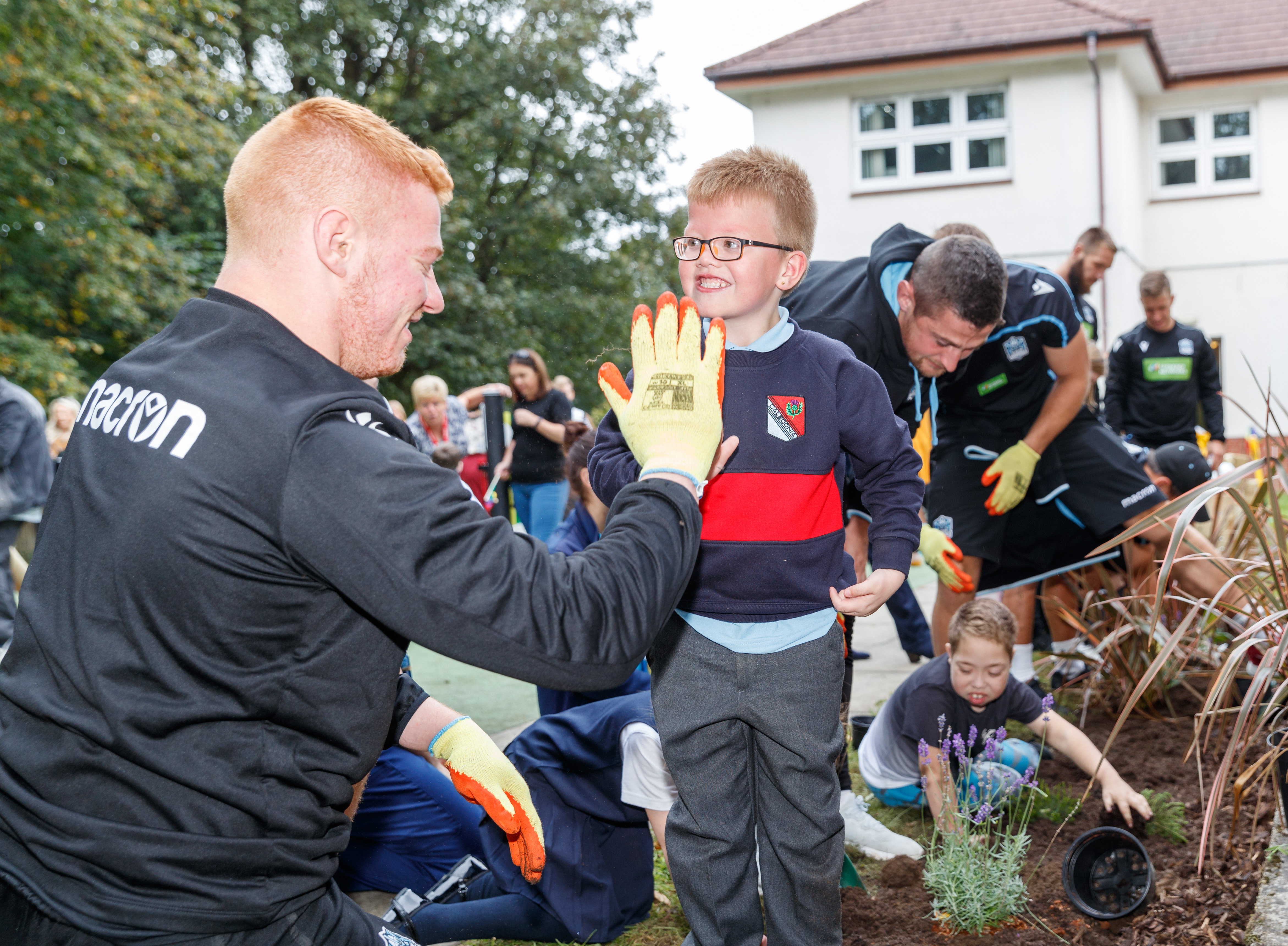 Building a colourful legacy for Rainbow House with Glasgow Warriors